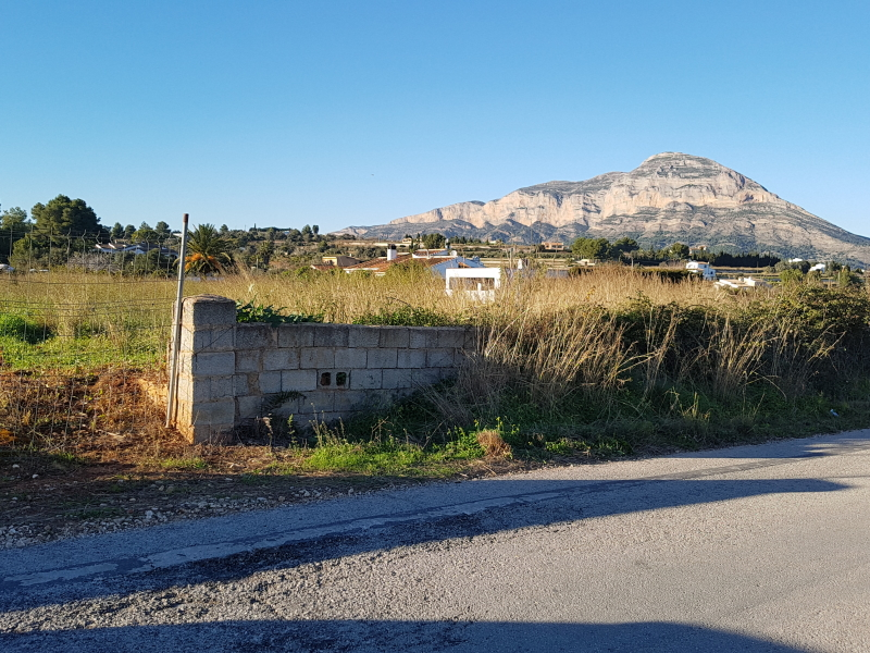 Terrain constructible à vendre à Javea