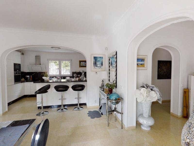 Superbe villa de luxe à vendre à 3 minutes de Javea