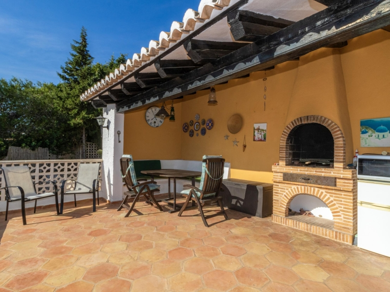 Villa partiellement rénovée à Balcon al Mar, Javea