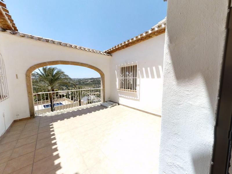 Gran villa de 5 dormitorios en Rafalet, Javea