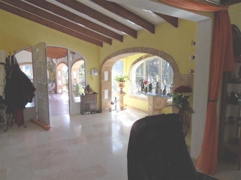 Villa traditionnelle de luxe au charme tropical à Javea