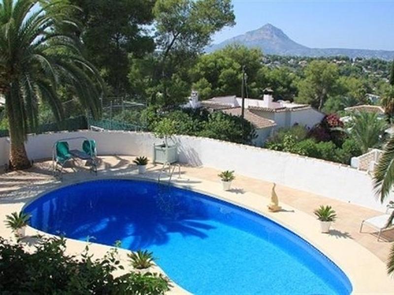 Villa somptueuse avec jacuzzi à Javea Cap Marti